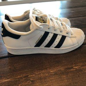 Adidas | Superstar 4